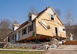 Risk of natural disaster doesn't seem to dent home prices, appreciation