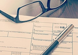 Could losing independent contractor status force brokers to raise the bar?