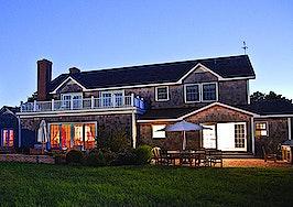 Luxury listing of the day: East Hampton waterfront estate in N.Y.
