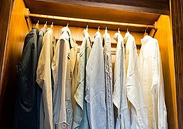 Make 2016 your best year ever by cleaning out your closet