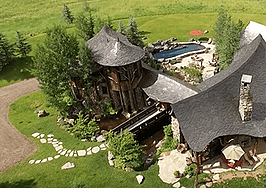 This $29.9M Aspen hideaway justifies a six-minute property vid