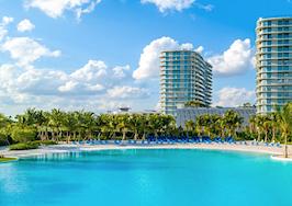 Miami developer tries to lure renters with manmade lagoon