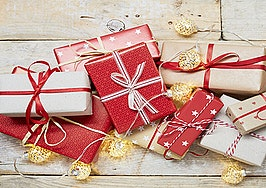 Easy, last-minute holiday gift ideas for your clients