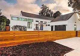 'Flip or Flop' star Tarek El Moussa sells Costa Mesa home for $2.7M