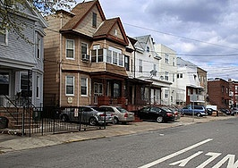 Zombie foreclosures see modest increase in third quarter