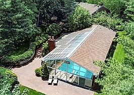 House from 'Meet the Parents' lists for $2.3M — including indoor pool